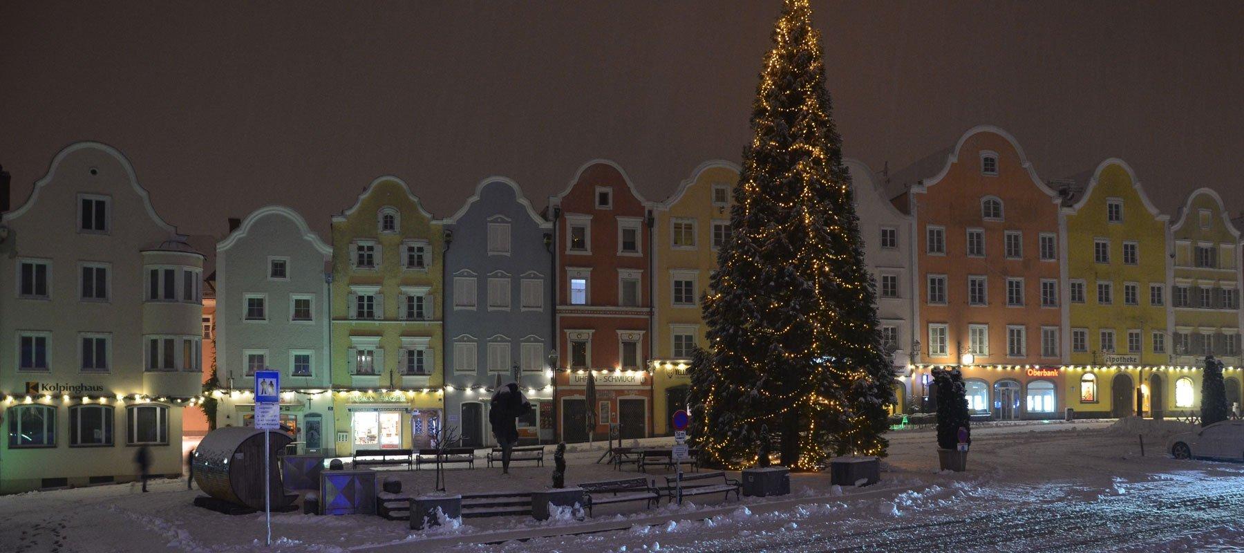 Stadtplatz Schärding im Winter